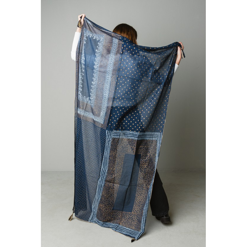 foulard tassel
